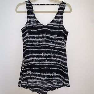EXPRESS Black and White Striped Tie Dye Tank
